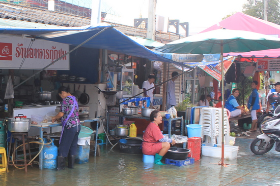 Bangkok aujourd'hui - Page 3 IMG_5778