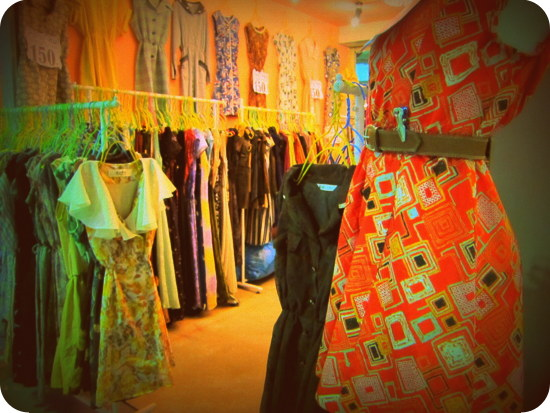 Thai shopping online clothes