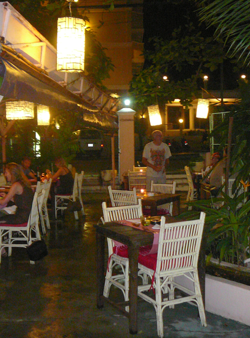 courtyard at new sea view villa restaurant, sihanoukville cambodia