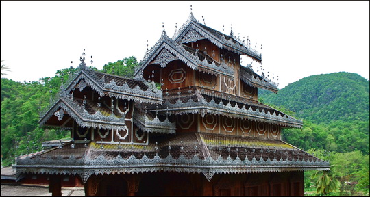 Another Shan style roof near Mae Hong Son