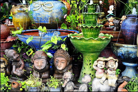 A few garden cherubs - just what you always wanted!