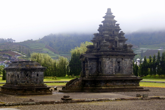 Ancient temples and bubble pits of mud are the attraction of Dieng