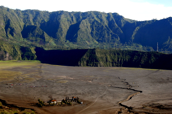 The stunning scenery around Gunung Bromo