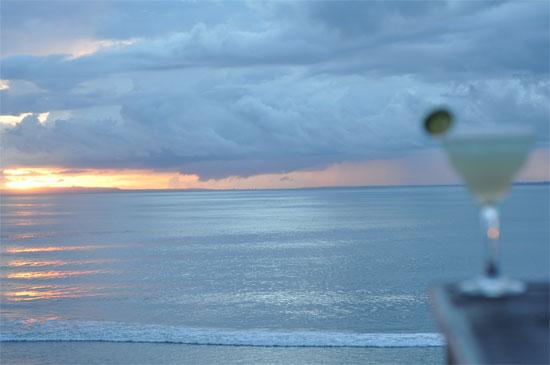 Nusa Cenningan: Margarita scenes.