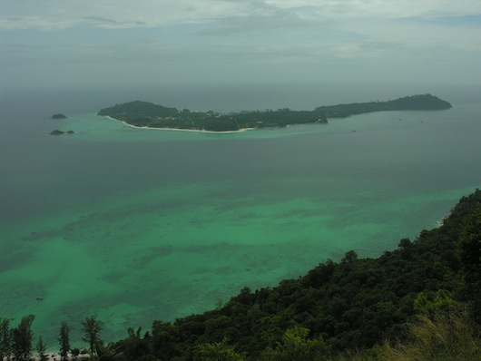 Little Lipe, as seen from Ko Adang's Chadoe Cliff. 