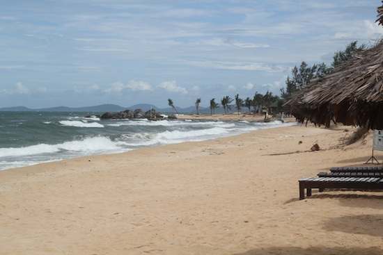 Believe it or not, this is a Phu Quoc Beach on an off day!