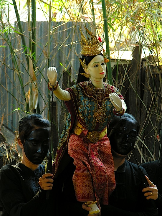 Dancing with Sita (of the Ramayana) at Khlong Bang Luang.