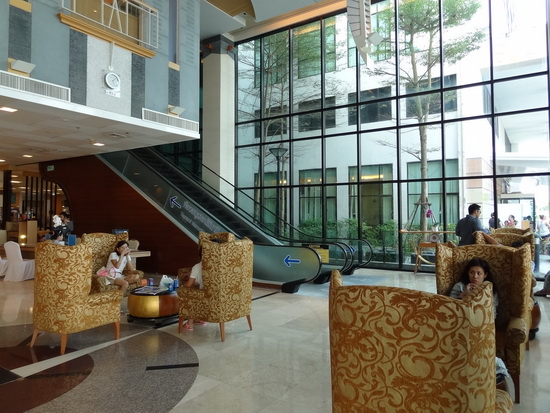 Rather posh: the lobby at Bangkok Hospital Phuket.