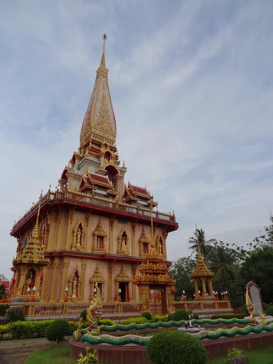 Wat Chalong's newest and grandest addition: the chedi.