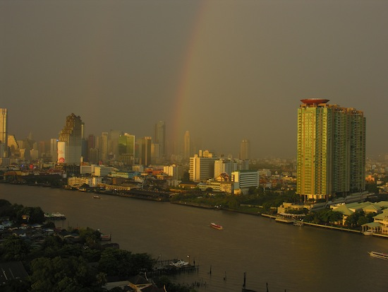 It appears the pot of gold is on Charoen Krung Soi 62!