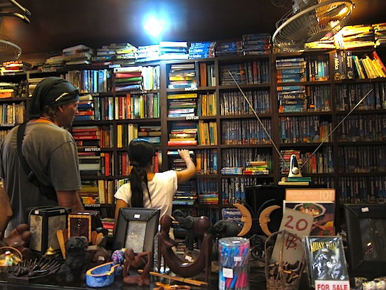 Book-hunting on Khao San.