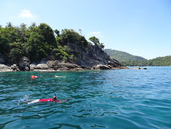 Don't forget the snorkel. An easy day trip takes you to Raya island.
