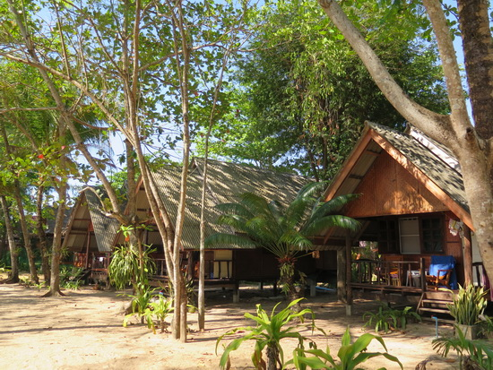Flashpackers welcome. Baan Tha Khao bungalows on Ko Yao Noi.