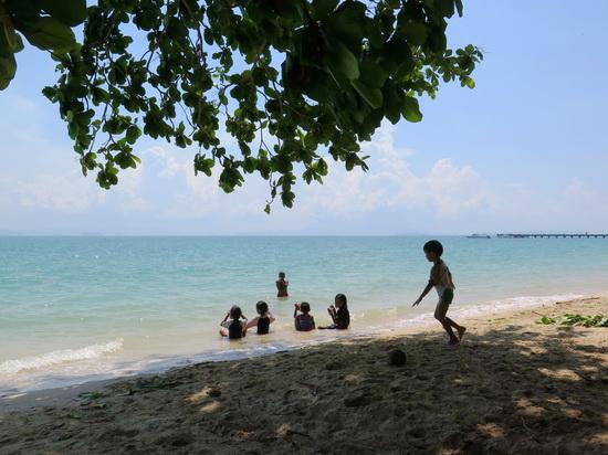 For ocean swimming, Loh Paret beach on Ko Yao Yai is best.