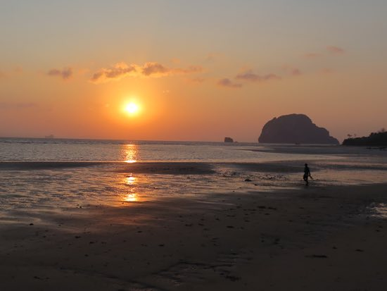 Ko Yao Yai: Just another sunrise.