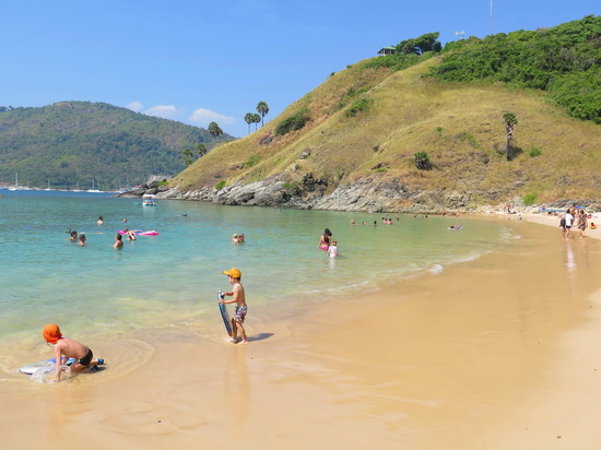 Ya Nui is just one of many kid-friendly beaches on Phuket.