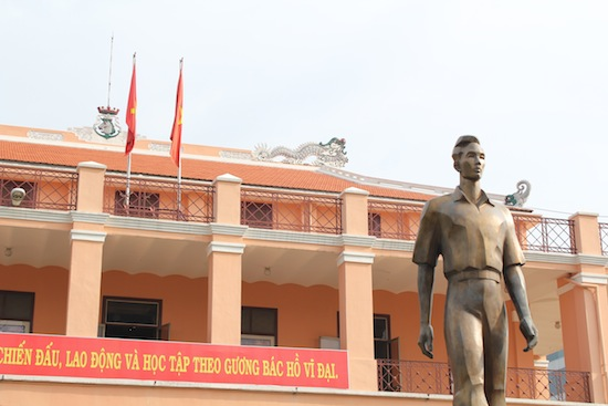 The statue isn't a young Ho Chi Minh.
