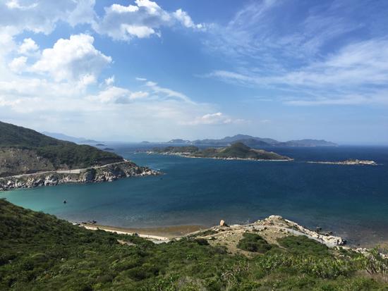 Vinh Hy-Binh Tien Pass