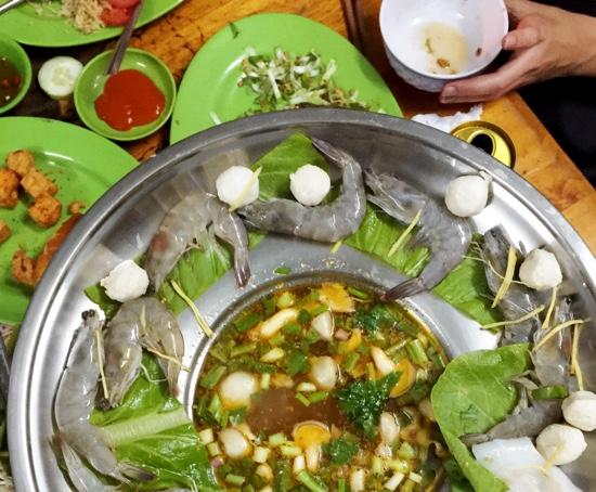 DL_Tam 09_seafood hot pot