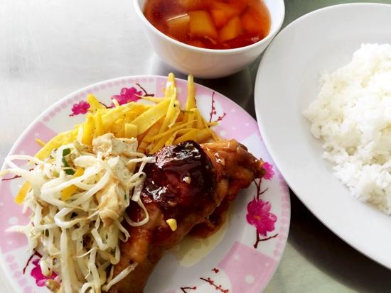 DL_com trua binh dan2_Banh Xeo Chao Co Binh restaurant